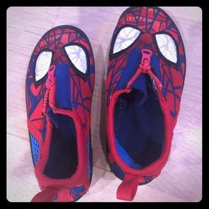 Disney Spider-Man Water-shoes, size 7